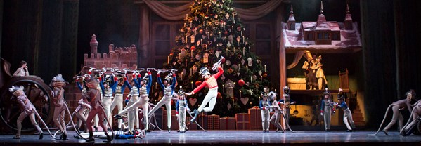 THE NUTCRACKER. Artists of The Royal Ballet, Act II (c) 2016 ROH. Photograph by Helen Maybanks.jpg