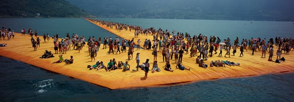 Christo: Walking on Water_32758_107762